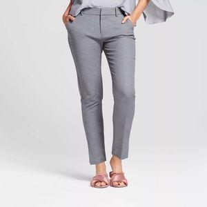 New Gray Talbots Skinny Leg Dress Pants